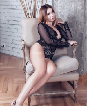 Bellinda erotic massage