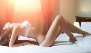 Charline erotic massage in Morton