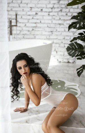 Anette erotic massage in Pekin Illinois